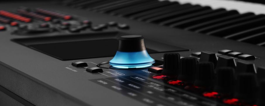 Mastering MONTAGE: Triggering Custom Samples with a Song and Routing a Click to the Assignable Outputs with Heratch