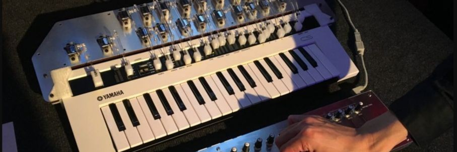 Synthbits: The refacerobot for reface CS